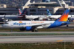 Allegiant Air | Airbus A320-200 | N226NV | Los Angeles International (Dennis HKG) Tags: aircraft airplane airport plane planespotting canon 7d 100400 losangeles klax lax allegiant allegiantair g4 aay airbus a320 airbusa320 n226nv