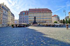 Dresden - Neumarkt (www.nbfotos.de) Tags: dresden neumarkt steigenberger hotel friedrichaugustii statue monument sachsen