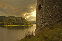 La torre di guardia / The watchtower (Kilchurn Castle, Scotland, United Kingdom) (AndreaPucci) Tags: kilchurn castle scotland uk andreapucci loch awe