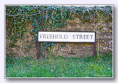 Freehold Street, Lower Heyford, Oxfordshire, England UK (Stuart Smith AUS) Tags: bicester blighty britain british english explore freeholdstreet freeholdstreetlowerheyford geo:lat=5192010322 greatbritain httpstudiaphotos olddart oxfordcanal oxfordshireengland roadsign signs streetsign stuartsmith stuartsmithstudiaphotos studiaphotos uk village wwwstudiaphotos gbr geo:lon=129116987 geotagged unitedkingdom lowerheyford