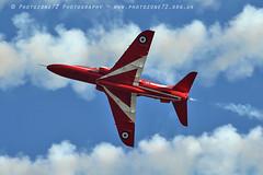 0190 R8 looping round tornado (photozone72) Tags: raf rafat redarrows reds redwhiteblue aviation aircraft jets hawk canon canon100400f4556lii canon7dmk2 7dmk2 scampton lincolnshire