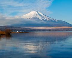 Winter Fuji at Lake Yamanaka (shinichiro*) Tags: 20190117sdim7957 2019 crazyshin sigmasdquattroh sdqh sigma1770mmf284dcmacrohsm january winter yamanashi japan jp fuji lakeyamanaka 47127893772 candidate