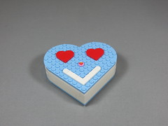 img_0430 (thropots) Tags: lego moc valentinesday chocolates heartbox