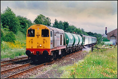 20902, Appleby (Jason 87030) Tags: 20902 chopper class20 engklishelectric loco engine grey lorna girl name weed weedkilling weedkill chemicals spray maintenance stock appleby location lineside green weeds train uk england