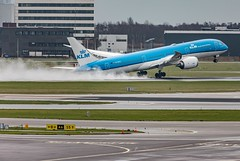 Clearing the Runway... (Aleem Yousaf) Tags: clearing runway boeing 787 dreamliner klm royal dutch airlines flying dutchman orchid water condensation wings take off schipol netherlands nederlands plane spotting prime lens nikon nikkor d810 teleconvertor camera digital flickr explore airport viewing terrace noord panorama operations wet rain overcast spray airplane tarmac road grass