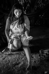 Indigène Kogi (Colombie) (poupette1957) Tags: art atmosphère black colombie canon city costumes detail humanisme jeune life lady monochrome noiretblanc noir photographie people portrait rue street travel voyage kogi