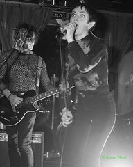 Over, Turn Turn Turn, Portland, OR, 3-14-2019 (convertido) Tags: punk postpunk dark gothic hc anarchopunk candy apple haze post tacoma portland pdx cleveland pleasure leftists criminal code piss test over pacnw nw turn black white photo photography concert live music show