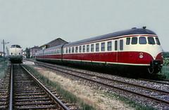 FSF 220.049 (V200 DB) + VT 12.5 Felonica 10/05/1988. Foto Roberto Trionfini (stefano.trionfini) Tags: train treni bahn zug fsf v200 db vt125 italia italy