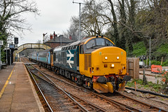 37407 + 37716 - Brundall - 22/03/19. (TRphotography04) Tags: br large logo 37407 direct rail services compass liveried 37716 depart brundall working 2p32 1736 norwich great yarmouth service one final workings by short set before 9 day blockade wherry lines the should include being remodeledrelaid constructing new access ramp station reconstructing 50 meters platform bring it use for greater anglia trains introduce revised signaling control arrangement between reedham