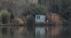 Riverside Man Cave. Dec 2018 (Simon W. Photography) Tags: belper derbyshirebelper riverderwent derbyshire ambervalley reflections water belperrivergardens trees eastmidlands england peakdistrict derwentvalleymills nature parks derbyshirelive unitedkingdom uk english greatbritain gb britain british reflection mirror mirrorimage simonhx100v sonyhx100v hx100v sony canalandrivertrust canalrivertrust theinlandwaterwaysassociation inlandwaterways outdoor outdoors outside landscape landscapephotography december december2018 winter winter2018 derby peakdistrictnationalpark