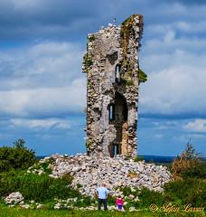 Seefin Castle Co. Galway (Salmix_ie) Tags: seefin castle ruin county galway nikon nikko d40x august 2010 richard macullick burke 1574 built 15th 16th century