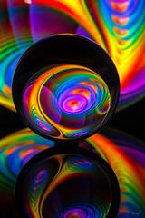 sans titre-3 (rmf-67) Tags: art couleur rouge cristal boule lens rmf rmf67 lensball k9 sony a99v tamron 90mm macro france alsace reflets