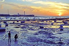 Pasión por La Caleta... (ZAP.M) Tags: atardecer puestadesol playa ocaso cielo nubes naturaleza nature natura cádiz lacaleta playalacaleta andalucía españa zapm mpazdelcerro flickr nikon nikon5300