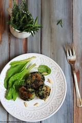 Polpettine di ricotta ed erbette (Giovanna-la cuoca eclettica) Tags: veg vegetables stilllife foodstyling stagioni food vintage green