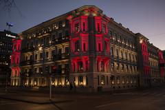 Colorful House (Rudi Pauwels) Tags: sverige sweden schweden goteborg gothenburg heden avenyn redlights parkgatan evening handheld 2019 2019onephotoeachday zoom sigma 1850mm sigma1850mm nikon d7100 nikond7100