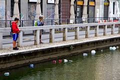ACQUA_9647 (luca.gianferrari) Tags: acqua aqua water milan fish naviglio pattumiera plastica