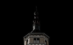 Not lost (Luc Herman) Tags: elements building antwerp belgium sanderusstraat thomasmorecampus tower castle