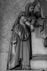 Genova, Cimitero Monumentale di Staglieno (Sven Kapunkt) Tags: friedhof friedhöfe cemetery cemeteries cimetière campo cimitero certosa statue staglieno gräber grab graveyard grabmal gothic grabstätte genova genua ligurien liguria italia italien italy