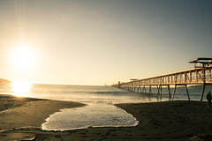 Lenga (Sebastiandx) Tags: nikon landscape d3200 sunset bridge beach ocean waves sky