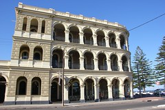 Largs Pier Hotel (Gillian Everett) Tags: 365 2019 119 25 largs pier hotel adelaide historic