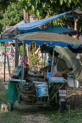 Taïlande (JACCO29) Tags: asie taïlande kohyaoyai restauration commerçant ambulant