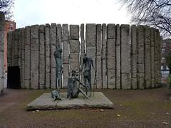 Dublin 2016 (Kav P) Tags: dublin ireland 2016 statue