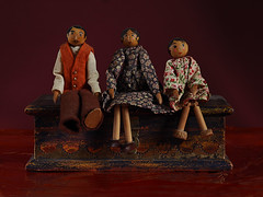 The Dowel Family (Smiffy'37) Tags: minuiaturepeople tabletop stilllife toys dolls wood olympuscamera fun stilllifephotoart