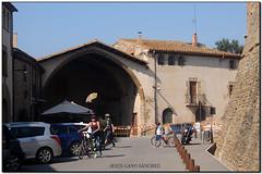 La Llotja, Ullastret (el Baix Empordà) (Jesús Cano Sánchez) Tags: elsenyordelsbertins fujifilm xq1 catalunya cataluña catalonia gironaprovincia emporda ampurdan baixemporda bajoampurdan ullastret llotja gotic gotico gothic
