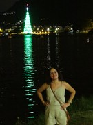 img_0664 (Ricardo Jurczyk Pinheiro) Tags: reflexo água iluminação árvoredenatal lagoarodrigodefreitas riodejaneiro mariacláudia