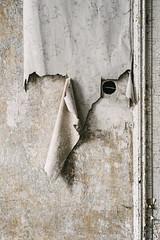 23/30 2018/01 (halagabor) Tags: urban urbex urbanexploration urbanexploring urbexphotography urbexphotos abandoned abandonment decay derelict devastation nikon d610 lost lostplaces old forgotten empty minimal wall wallpaper