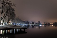 Gavirate-Lago di Varese (riccardo stra) Tags: gavirate lago varese notte luci neve atmosfera nebbia italy
