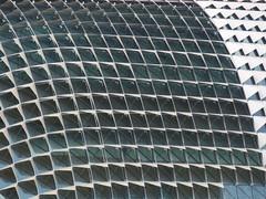 SingaporeRiverColonialDistrict041 (tjabeljan) Tags: singapore asia colonialdistrict singaporeriver colemanbridge oldparliament fullertonhotel themelrion raffles victoriatheatre clarkquay marinabay