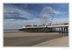 Big Wheel (Seven_Wishes) Tags: blackpool lancashire 2019 outdoor photoborder canoneos5dmarkiv canonef24105mmf4lisii edoliverphotography beach seaside coastal sea shore shoreline pier centralpier blackpoolcentralpier amusments fair bigwheel ferriswheel sky blue clouds