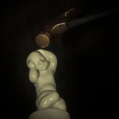 KnockKnock (Walter Johannesen) Tags: flickrfriday knockknock statue hammer knock bang