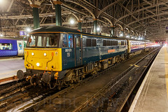 86101 Glasgow Central 050319 N63A1563-a (Tony.Woof) Tags: 86101 glasgow central 5m11 caledonian sleeper lowlander