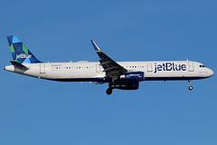 "N954JB   Airbus A321-231/W   jetBlue Airways ""Vestido En Azul"" (cv880m) Tags: newyork jfk kjfk kennedy aviation airliner airline aircraft airplane jetliner airport n954jb airbus a321 321200 321231 winglet sharklet jbu jetblue jetblueairways prism vestidoenazul"
