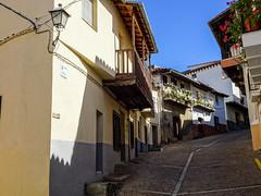 calle Real Guadalupe Caceres 02 (Rafael Gomez - http://micamara.es) Tags: esp españa extremadura guadalupe calle real caceres