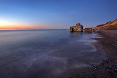 (Juliane Myja) Tags: julianemyja ahrenshoop dars dämmerung blauestunde natur bunker langzeitbelichtung seascape landscape strand beach küste ostsee balticsea