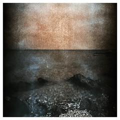Mars (Claudio Taras) Tags: hasselblad501cm panfplus roccia contrasto controluce bokeh bw monocromo mare mediumformat film filmisnotdead rodinal rollfilm 6x6 shadow santeodoro sardegna scan taras