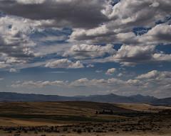 Hot and dry (Ian@NZFlickr) Tags: waipiata maniototo dry heat summer hills clouds otago nz