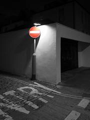 no entry (chrisinplymouth) Tags: corner sign night shadow noentry westhoe plymouth devon england uk cw69x diagx desx selectivecolour xg diagonal camminante plain