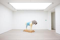 Exit (@richlewis) Tags: fujifilmxh1 fujinonxf16mmf14rwr london chelsea saatchigallery artgallery contemporaryart installation horse plinth