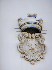 escudo exterior Iglesia de Nuestra Señora de Montserrat Madrid 05 (Rafael Gomez - http://micamara.es) Tags: escudo exterior iglesia de nuestra señora monserrat madrid montserrat