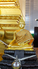 2019-02-08_08-14-49_ILCE-6500_DSC07625_DxO (miguel.discart) Tags: 2019 52mm ayutthaya bangkok boudha buddhism buddhisttemple createdbydxo culte dxo e18135mmf3556oss editedphoto focallength52mm focallengthin35mmformat52mm highiso holiday ilce6500 iso2500 korat lieudeculte phimai placeofworship sony sonyilce6500 sonyilce6500e18135mmf3556oss statue temple thailand thailande travel vacances voyage worship