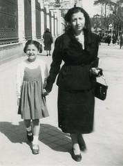 Fotos viejas (ciudad imaginaria) Tags: hermana sister tíapolo