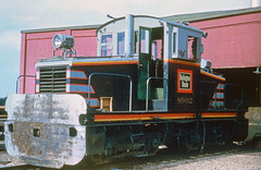 CB&Q Porter 45 Ton 8902 (Chuck Zeiler 48Q) Tags: cbq porter 45 ton locomotive 8902 burlington railroad galesburg train alchione chz