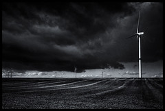 2019-03-18-Hesbaye-11Pt (Pontalain) Tags: atmosphere black blackandwhite cloud darkness electricity horizon labels landscape lightning line meteorologicalphenomenon midnight monochrome monochromephotography night overheadpowerline photography road sky stockphotography storm streetlight thunderstorm white wind windturbine windmill ciel nuage éolienne
