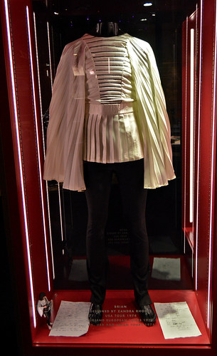 Brian May's costume