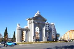 Porta Toledo (terziluciano) Tags: madrid portatoledo canon6dmarkii monumento
