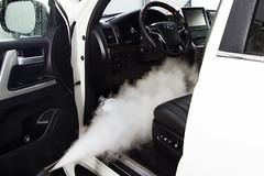 IMG_1515 (Blongman) Tags: auto car vl japan bmw toyota x6m carwash wash water russia 7d